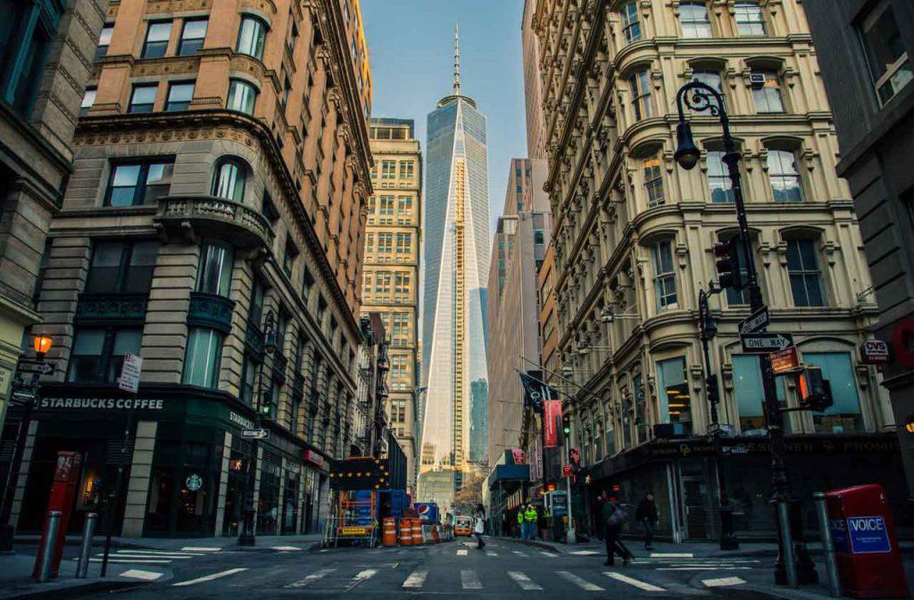 Wall Street - Nowy Jork. Tutaj zaczyna się zwykle światowy kryzys finansowy